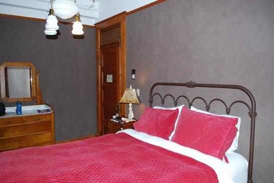 Balch Hotel: Room 9