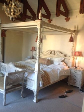 Franschhoek Country House & Villas: our bed