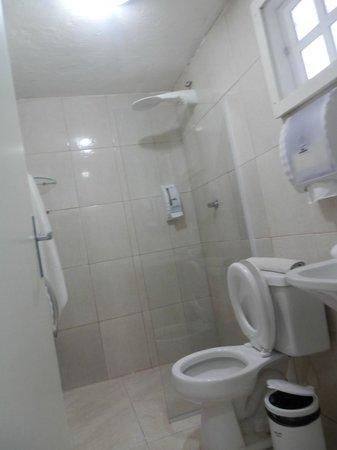 Hotel Pousada Luar de Buzios : Baño