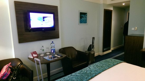 Crowne Plaza Dublin - Blanchardstown: Flat screen tv