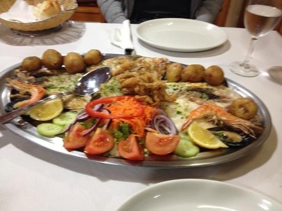 Restaurante la cofradia: seafood platter