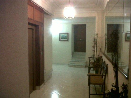 Best Western Hotel Los Condes: room hallway