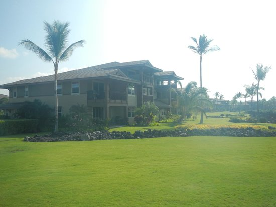 Halii Kai Resort at Waikoloa Beach: Back of our unit