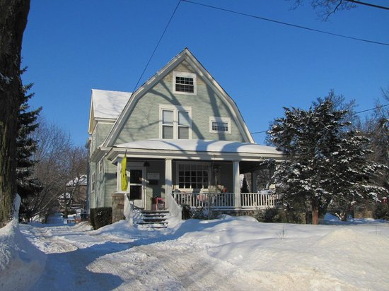 Woodstock, IL: Piano Teacher's Home