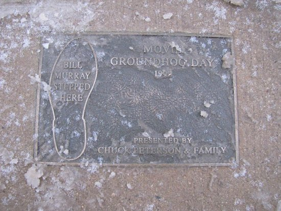 Woodstock, IL: Bill Murray's Footstep into Icy Puddle