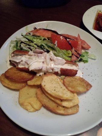 La Tranquera Restaurante: Flamenquín carbonara
