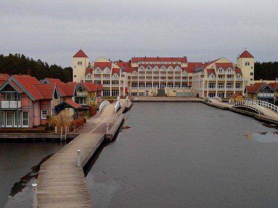 Maritim Hafenhotel Rheinsberg : Bei genauerem Hinsehen entpuppt sich eine architektonische Sünde
