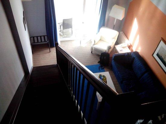 Maritim Hafenhotel Rheinsberg : Die Idee eines Mezzanine-Zimmers ist ja ganz pfiffig. Unterm Strich ist es sehr schmal.