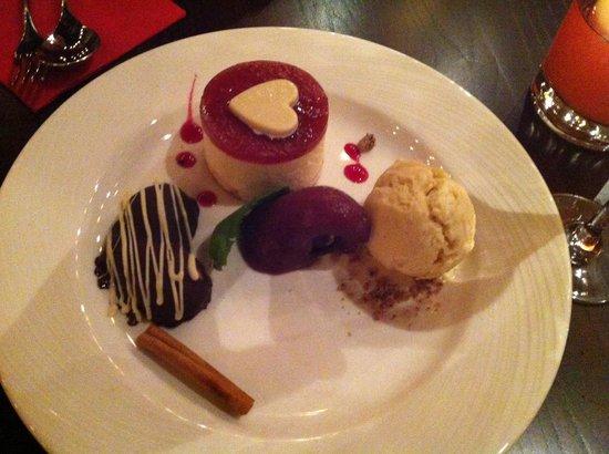 Fazenda Rodizio Bar and Grill: Valentines Dessert
