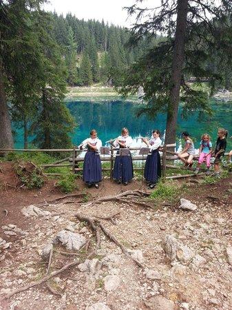 Casa Carezza : Tipical musicians around Carezza Lake