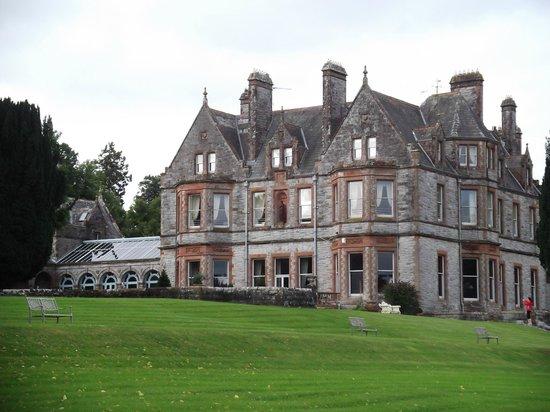 Castle Leslie Estate: The castle
