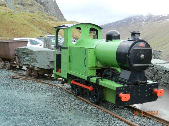 Honister Slate Mine : Train outside