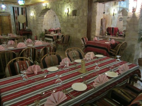 Al Qantarah : Typical Jordanian decor