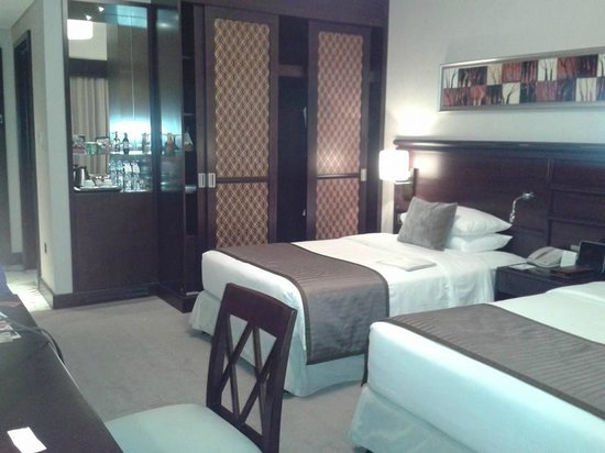 Ramada Jumeirah: Twin Room