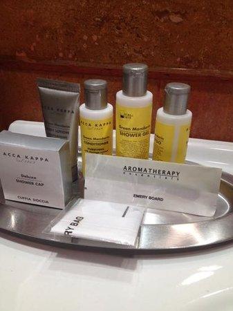 Rome Marriott Park Hotel : парфюмерия
