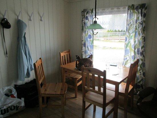 Skittenelv Camping : Living/dining room room