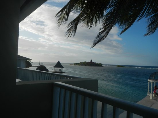 Sandals Royal Caribbean Resort and Private Island: View from royal sanctuary 1 br beachfront suite
