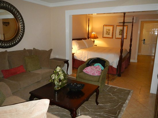 Sandals Royal Caribbean Resort and Private Island : Royal Sanctuary 1 br beachfront suite