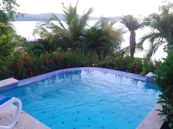 Calabash Cove Resort and Spa: Cottage 5 private pool