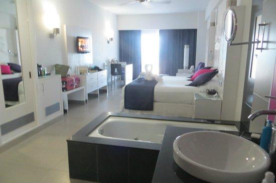 Hotel Riu Palace Peninsula: Habitación