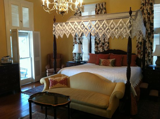 The Governor's House Inn: Elegant and relaxing