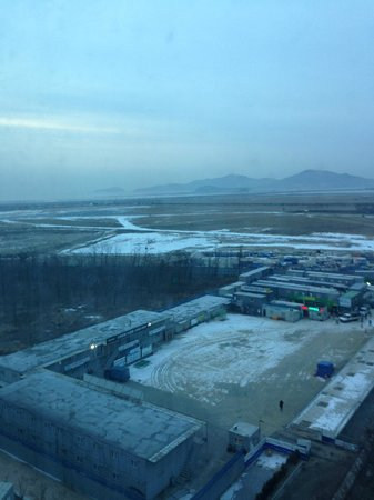 Grand Hyatt Incheon: a cold december view from room