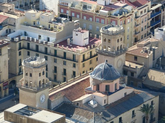 Eurostars Mediterranea Plaza Alicante: View of hotel from Castillo
