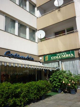 Hotel Columbia: facciata albergo