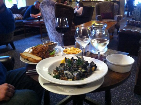Causeway Hotel: Yummy valentines light lunch. With excellent service and atmosphere