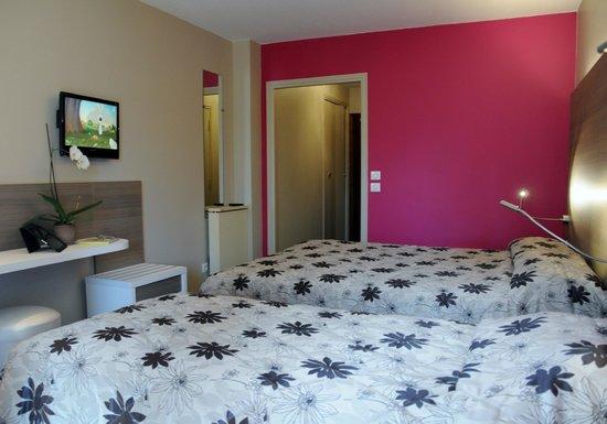 Hotel Le Servotel Castagniers : chambre type