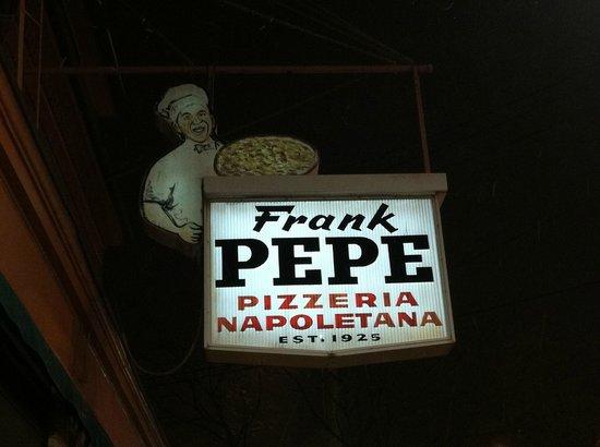 Frank Pepe Pizzeria Napoletana: Restaurant Sign
