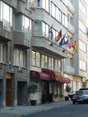 Hotel Agenda Louise: facciata