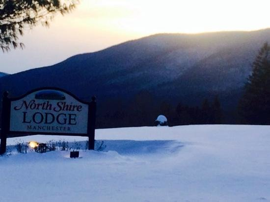 North Shire Lodge & Mountain View Pub: sunset