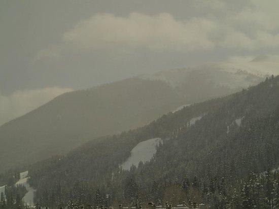 Keystone Lodge & Spa: View down valley