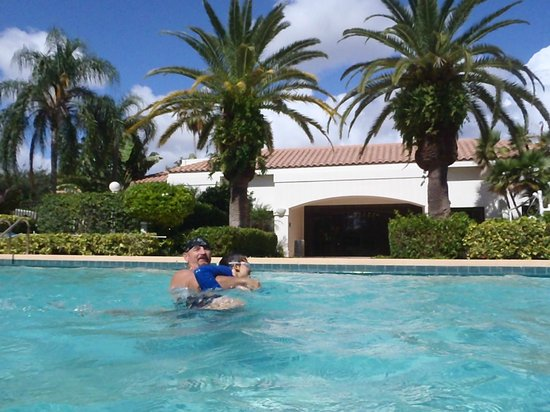 Palm Beach Gardens Marriott: pool fun