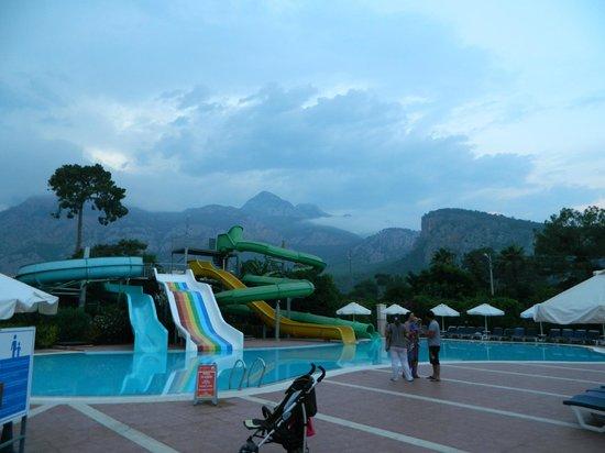 SENTIDO Sultan Beldibi : fun pool
