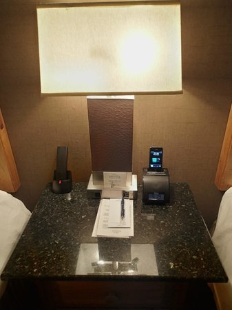 Keystone Lodge & Spa: A clock radio/alarm/iPhone charger (pre-iPhone5) on the bedside table