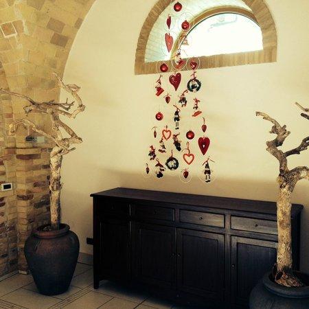 La Casa del Palombaro: decorazioni all'ingresso