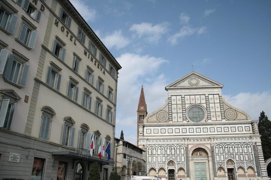 Grand Hotel Minerva: square