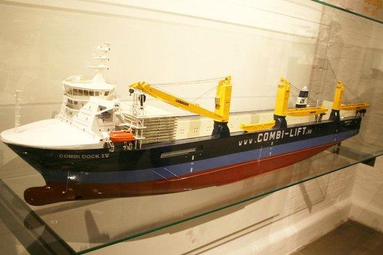 Hafenmuseum: Schiffsmodell 2