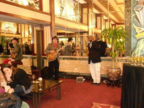 Hotel Edison Times Square: Good jazz at the Edison