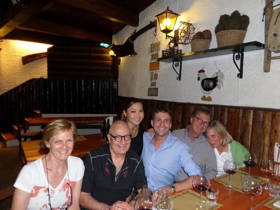 Alla Grotta : sitting with the owners after an amazing meal