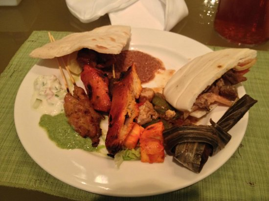 Shangri-La Hotel Kuala Lumpur : Buffet dinner - Indian!!! mmmm!!!