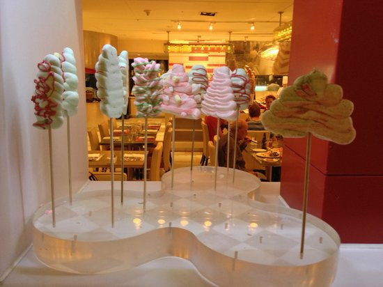 Shangri-La Hotel Kuala Lumpur : Sugary delights - as part of your buffet