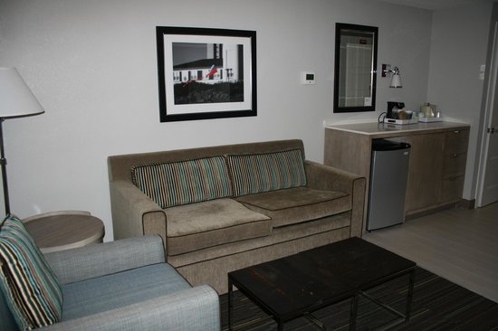 Four Points by Sheraton Jacksonville Beachfront: the couch was hard but fine otherwise