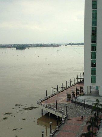 Wyndham Guayaquil: Vista desde la habitación