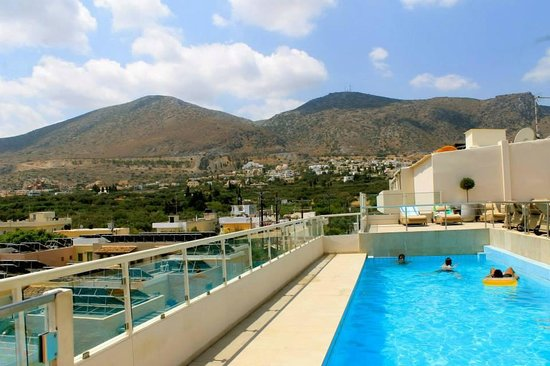 Golden Beach Hotel : Beautiful Roof Top Pool