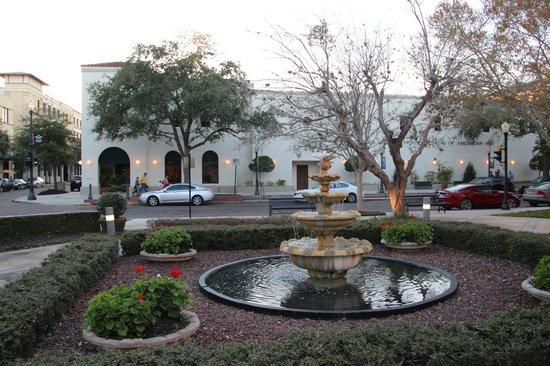 Charles Hosmer Morse Museum of American Art : Museum Exterior