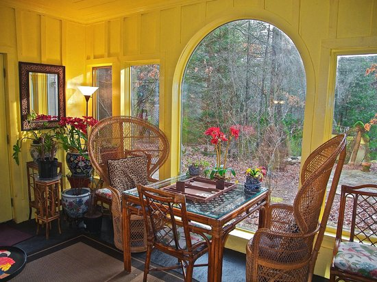Highlands House Bed &Breakfast : Sunroom