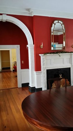 Belle Grove Plantation Bed and Breakfast: common area